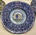 Faenza, piatto con stemma guicciardini-salviati 1525.JPG