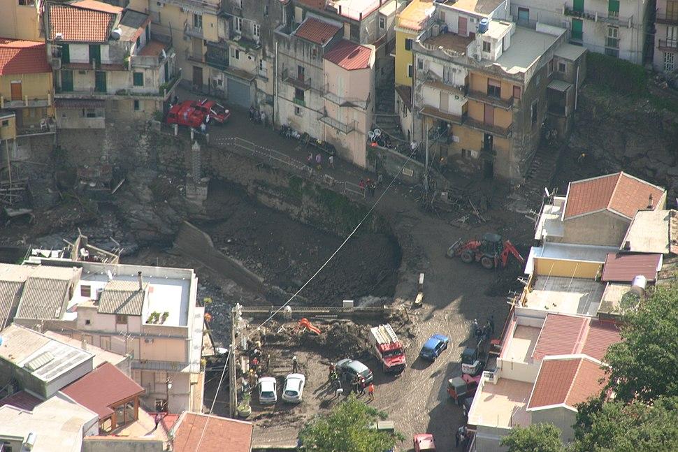 Flood and Mudslide - Altolia, frazione of Messina, Italy - 05 Oct. 2009 by Orazio Esposito