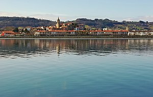 Hondarribia - Hondarribia as seen from Hendaye