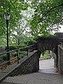 Fort-Tryon-Park walkway.jpg