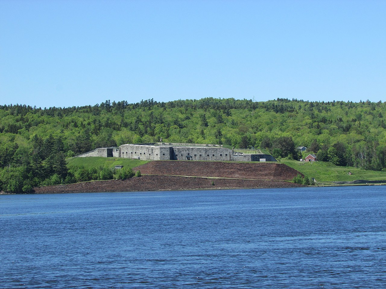File:Fort Knox as seen from the Bucksport waterfront ...