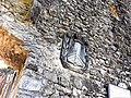 Fortezza delle Verrucole mura con bastioni particolare stemma all'ingresso 1.jpg