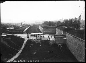 Thiers wall - Fortifications near Porte de Versailles, before they were torn down.