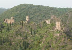 Châteaux de Lastours vus depuis le belvédère de Lastours