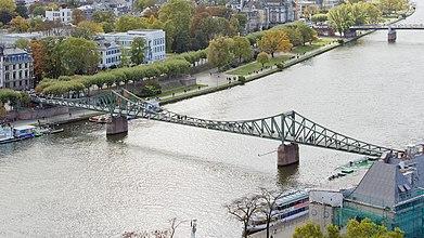 Frankfurt am Main-Eiserner Steg-view from the Dom Tower-20101024.jpg