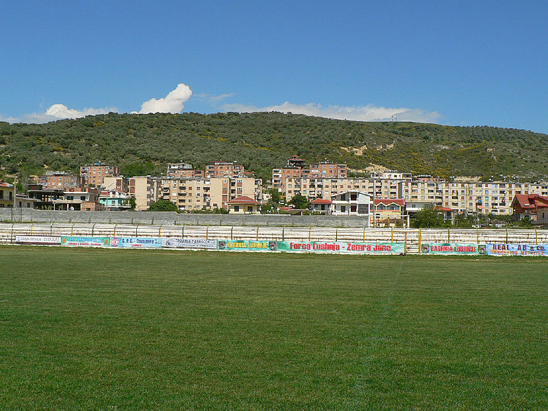 "File:Fusha e Stadiumit ""A.Roza Haxhiu"" Lushnje.jpg"