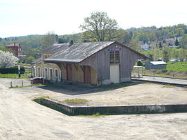 The Saint-Victurnien railway station, on the Limoges-Angoulême line