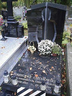 Grób Grzegorza Ciechowskiego na Powązkach
