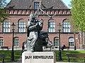 Gdańsk Stare Miasto - pomnik Heweliusza.JPG