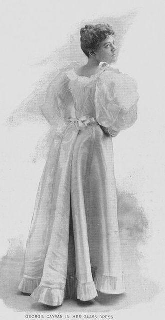 Hermann Hammesfahr - Image: Georgia Cayvan in her glass dress 1893