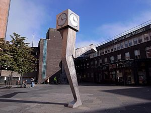 Buchanan bus station - George Wyllie - The Clyde Clock, outside Buchanan bus station.