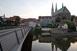 Goerlitz-Stadtansicht mit Altstadtbruecke und St Peter und Paul von Osten-20110626.jpg