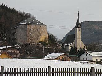Golling an der Salzach - Castle and parish church