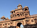 Gondal - Swaminarayan Temple, Gujarat - India (3417861776).jpg