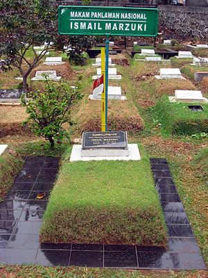 Ismail Marzuki - Marzuki's grave in Karet Bivak Cemetery