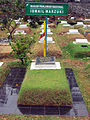 Grave of Ismail Marzuki, Karet Bivak Cemetery.jpg