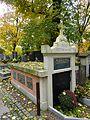GrobowiecMichałaDuValla-CmentarzRakowicki-POL, Kraków.jpg