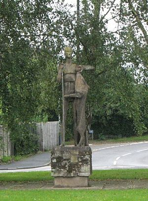 Guy of Warwick - Image: Guy of Warwick statue