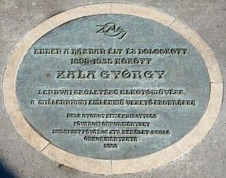 György Zala (sculptor) - György Zala plaque in Budapest