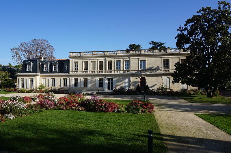 File:Hôtel de ville de Mérignac (Gironde).JPG