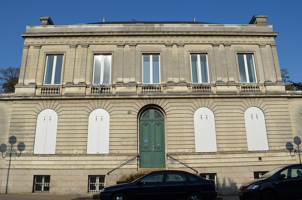 File:Hôtel particulier 2 place du Général-Mellinet - Nantes.jpg ...