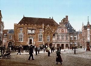 Grote Markt, Haarlem - Image: Haarlem Stadhuis 1900