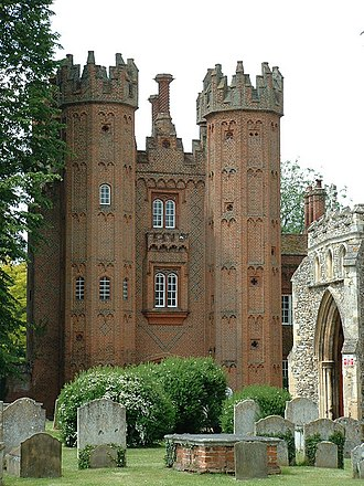 Tudor architecture - The Deanery Tower in Hadleigh, Suffolk, early Henry VIII