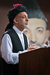 Hamid Karzai at Kandahar in June 2010.jpg