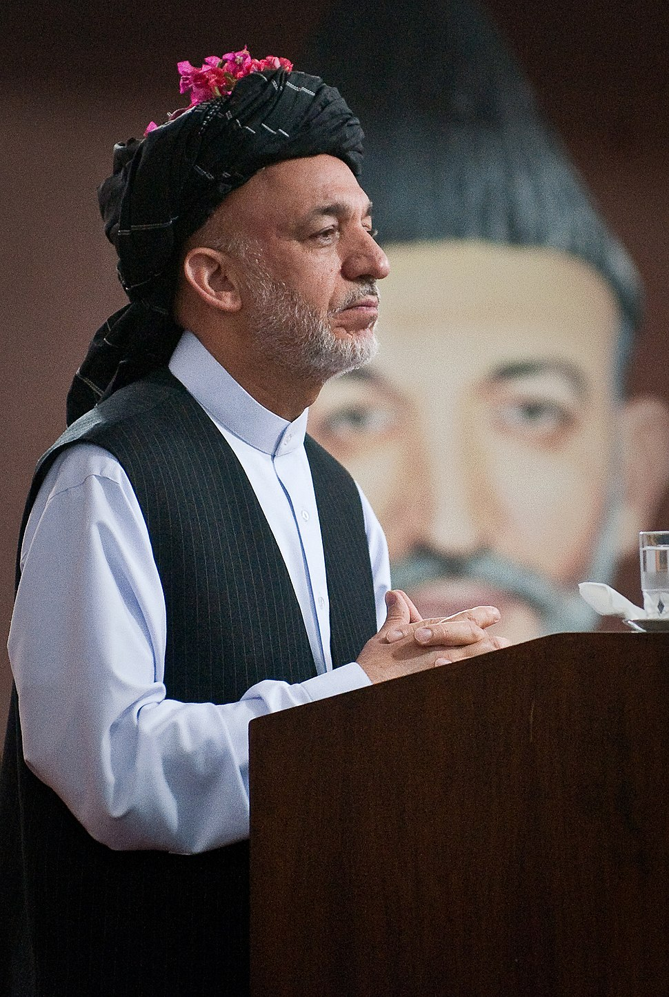 Hamid Karzai at Kandahar in June 2010