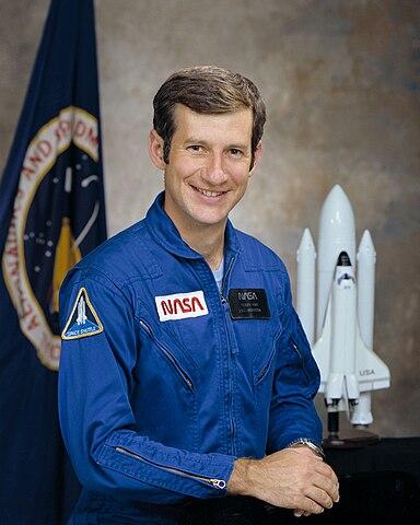 Astronaut Terry J. Hart, NASA photo Source: Wikipedia (www.jsc.nasa.gov page unavailable October 2019) 384px-Hart-tj.jpg