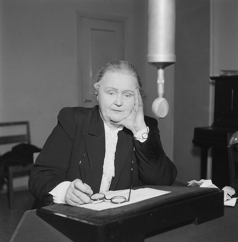 Hella Wuolijoki, the director-general of Finnish Broadcasting Company 1944 -1949..jpg