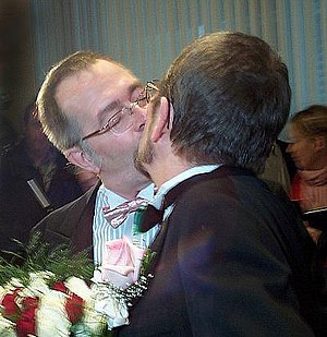 2004 in Canada - Michael Hendricks and René Leboeuf marry