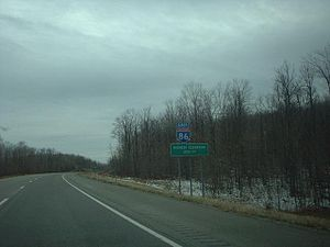 Interstate 86 (Pennsylvania–New York) - Signage denoting the highest point on I-86 in Almond