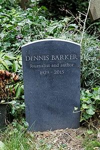 Highgate Cemetery - East - Dennis Barker 02.jpg