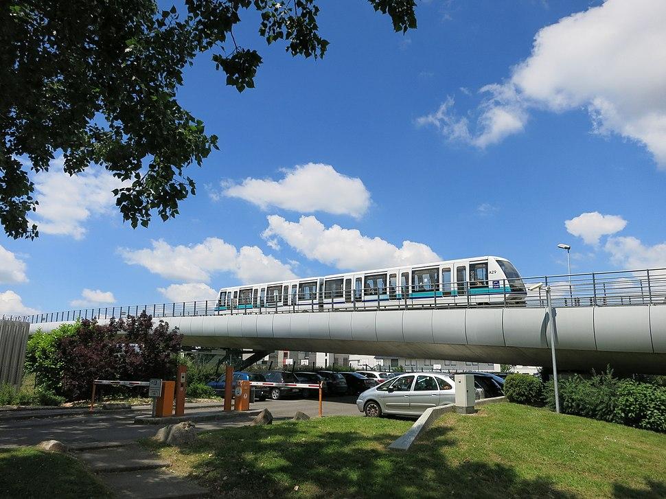 Hochbahnabschnitt Pontchaillou - Anatole France der Metro Rennes