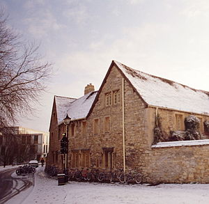 Holywell Manor, Oxford - The Manor in the snow.