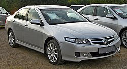Honda Accord 2.4i Facelift front-1.JPG