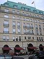 Hotel Adlon P7120023.JPG