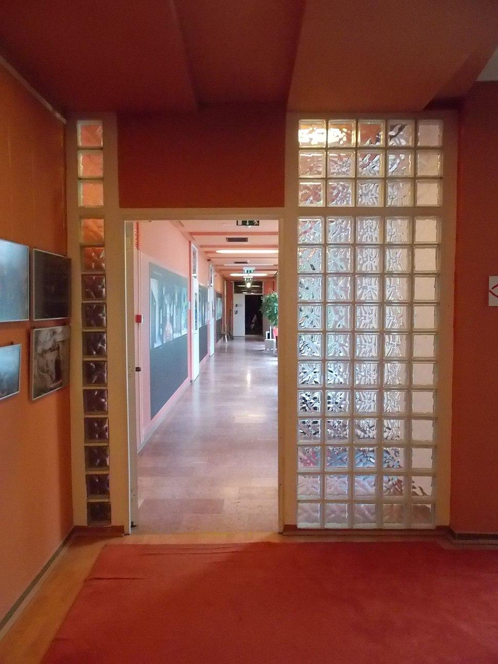 House of Arts in G%C3%B6d%C3%B6ll%C5%91. Glass bricks.JPG