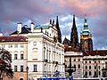 Hradčanské náměstí - Hrad a arcibiskup.jpg