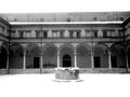 Il chiostro di San Pietro sotto la neve.png
