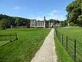 Ilam Hall, Dove Dale. - panoramio - Robert Powell.jpg