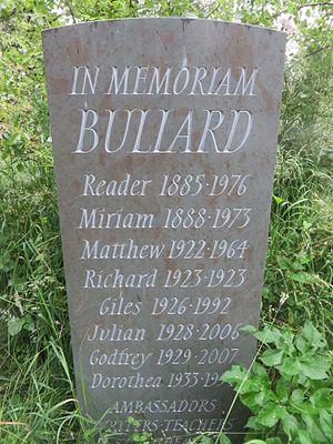 "Holywell Cemetery - ""In Memoriam Bullard"" memorial stone in Holywell Cemetery"