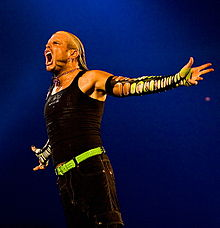 The Charismatic Enigma Jeff Hardy 220px-Jeff_Hardy_SmackDown_November_2008