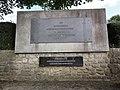 Juvigny (Aisne) Monument Général Pierre des Vallières.JPG