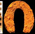 KENT-565BB7. Medieval or Post-Medieval iron horse-shoe. (FindID 134413).jpg