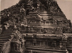 KITLV 155150 - Kassian Céphas - North side of the Shiva temple of Prambanan near Yogyakarta - 1889-1890.tif