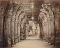 KITLV 92090 - Unknown - Pillars in the temple complex at Madurai Meenakshi Sundareshvara in India - Around 1870.tif