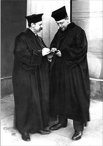 Ejnar Hertzsprung - Ejnar Hertzsprung (right) and Karl Schwarzschild in professorial gowns in front of the Göttingen Observatory building (1909).