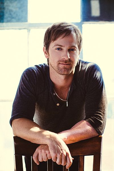 Picture of a band or musician: Kip Moore